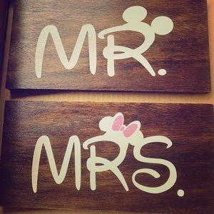Disney mr & mrs signs